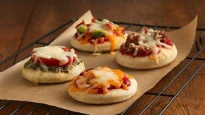 kids-mini-pizzas